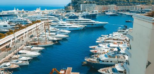 Am Yachthafen in Monaco