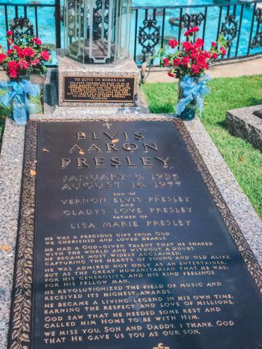Das-Grab-von-Elvis-Presley