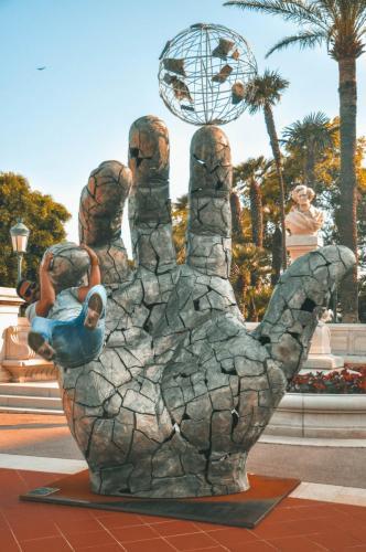Hand Of Fate Statue Monaco
